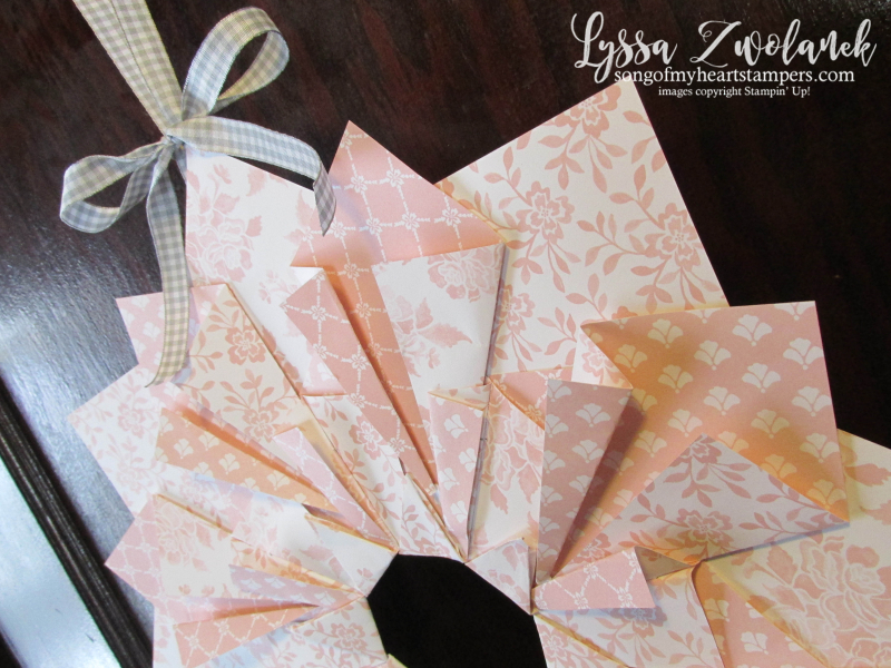 Quilted paper wreath extra large double papercrafts crafts DIY wreath idea front door