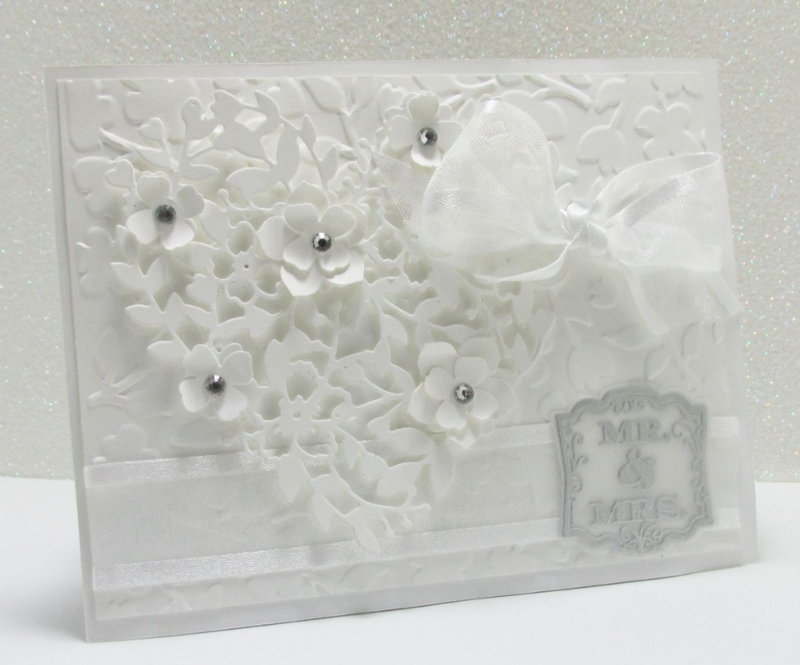 white on white card bloomin heart thinlets Big Shot Stampin Up www.songofmyheartstampers.com